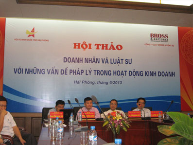in-phong-hoi-thao-03