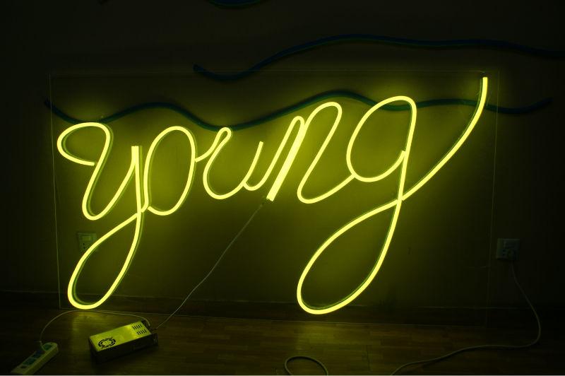 Thiết kế thi công làm bảng biển đèn Neon Sign tại Quận Thanh Xuân Hà Nội
