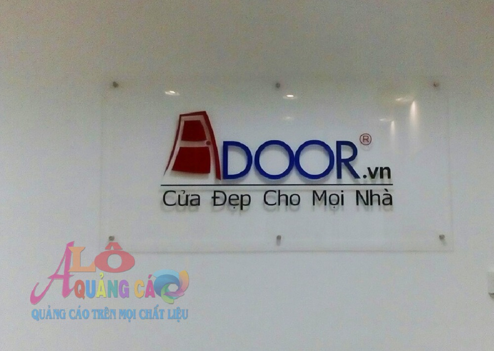 Thiết kế thi công bảng hiệu mica chữ nổi cho văn phòng