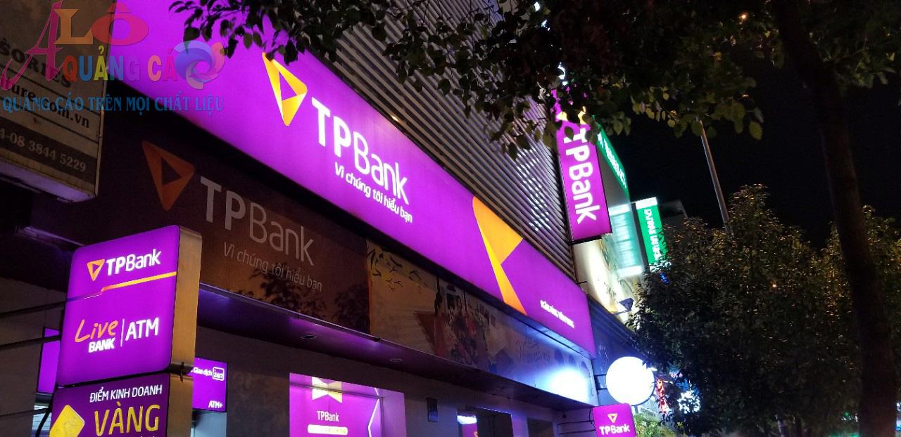 Thi công hộp đèn bạt 3M xuyên sáng ngân hàng TP Bank