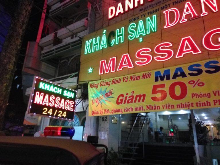 Thiết kế bảng hiệu cơ sở massage chuyên nghiệp